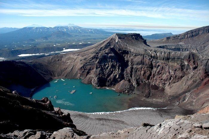 the volcano Gorely